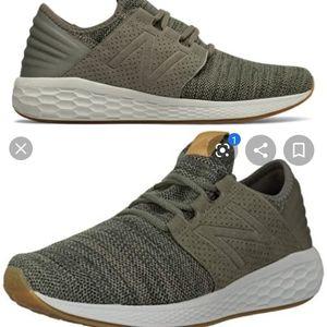 New Balance Fresh Foam V2 knit khaki shoe sz 7.5